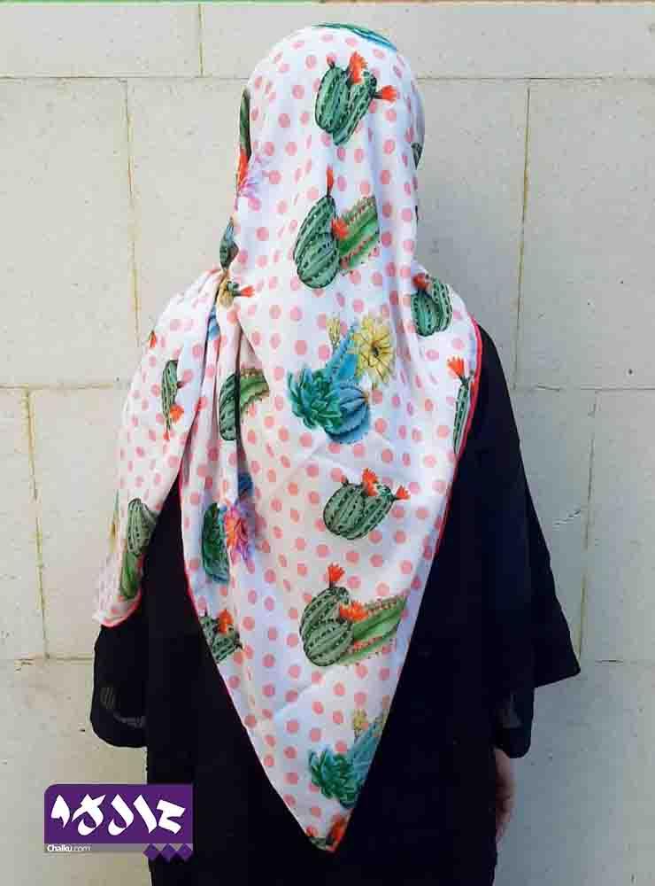 روسری نخی طرح کاکتوس خالخالی