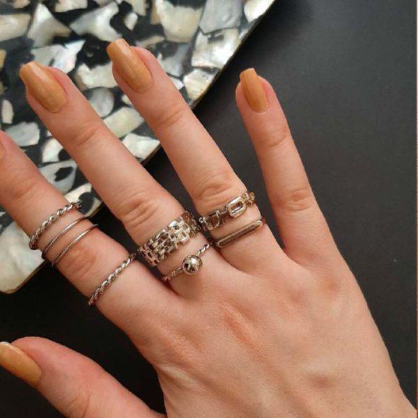 انگشتر زنجیری